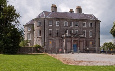 Doneraile_Court_-_geograph.org.uk_-_1392610